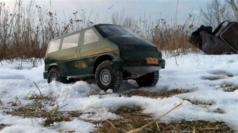 Rc VW T4 Syncro Offroad Crawling in the Snow - YouTube