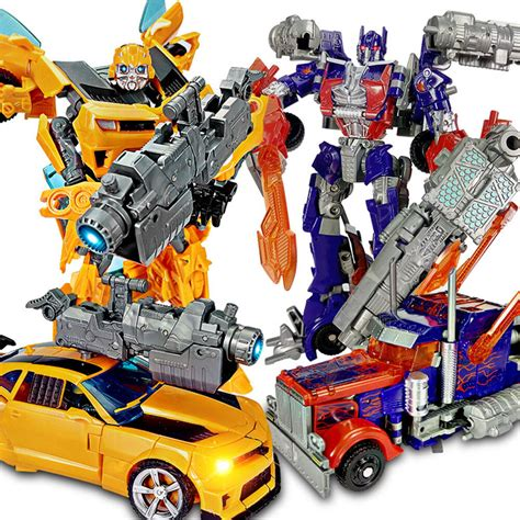 Transformers Car Action Figure Voyager Leader Class