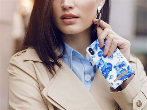 iDeal of Sweden Baby Blue Orchid iPhone 8+/7+/6+ Kopen?