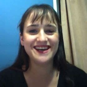 Mara Wilson, 'Matilda' Actress, Weighs In On Troubled