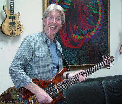 HAPPY BIRTHDAY to Dead Bass player PHIL LESH!!! – Classic