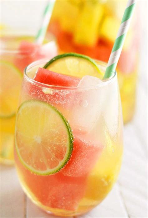 20 Summer cocktails That'll Add A Little Sweetness to Your