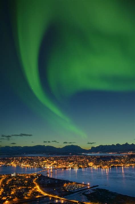 Seeing the Northern Lights in the Lofoten Islands, Norway