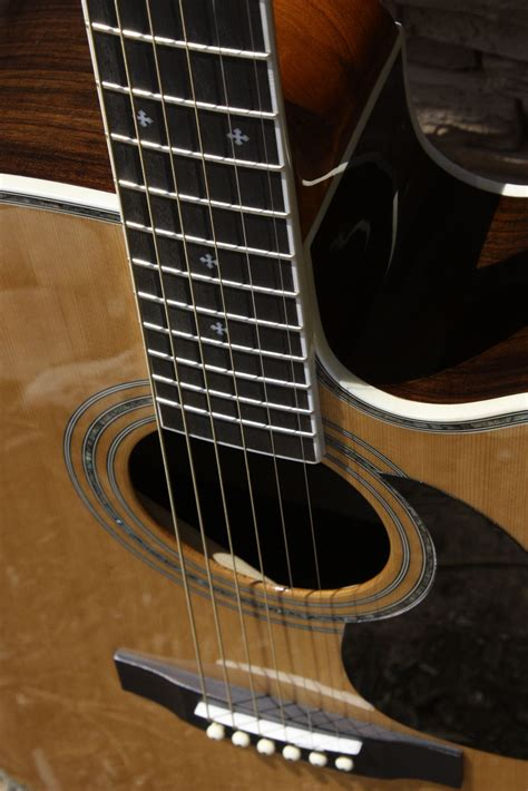 Review of the Zager Family of Guitars