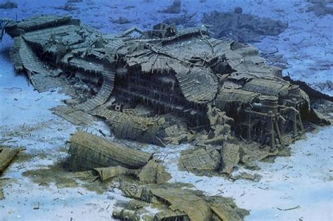 Old Camera Found In The Deep Ocean Reveals Horrifying