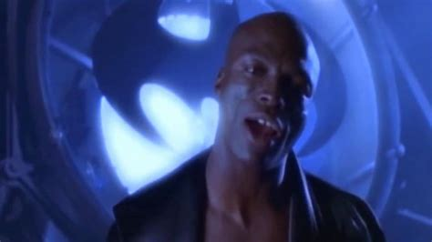 Seal - Kiss From A Rose(OST Batman Forever) - YouTube