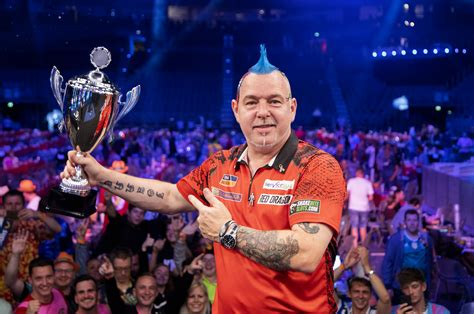 Wright Regains German Darts Masters Title | PDC