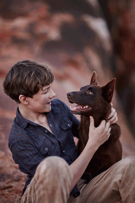 Here's your first look at 'Red Dog' sequel, 'Blue Dog