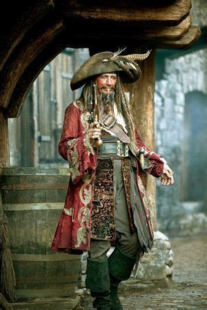 Keith Richards, as Jack Sparrow's dad, rocks a new