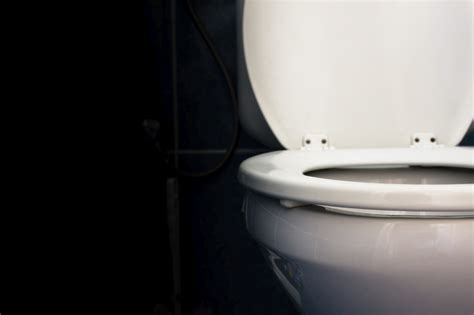 Frozen poo transplants just as effective as fresh ones for
